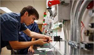 4 Electrical Technician
