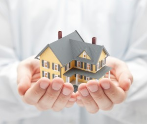 what does homeowners insurance cover